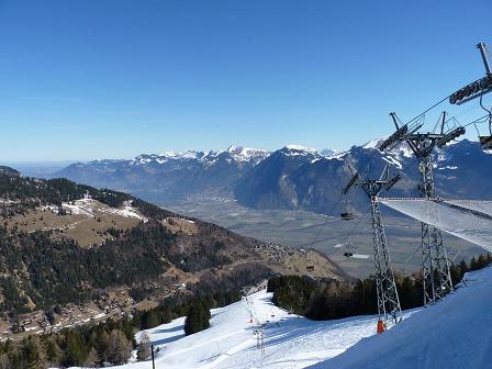 Manque de neige sur les pistes de ski