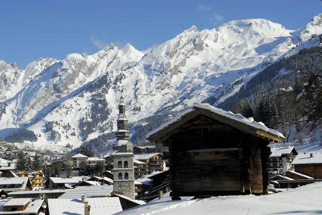 Le ski est possible tout le mois d'avril dans les Aravis