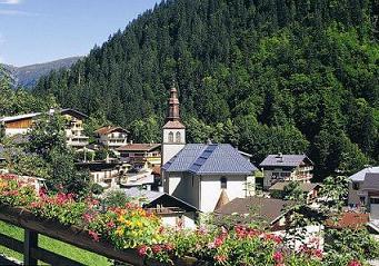 Villages du Val d'Arly : Notre Dame de Bellecombe, La Giettaz, Flumet, Crest-Voland
