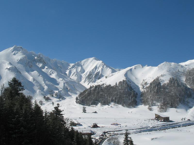 Station de ski mont dore massif central - Office du tourisme super besse ...
