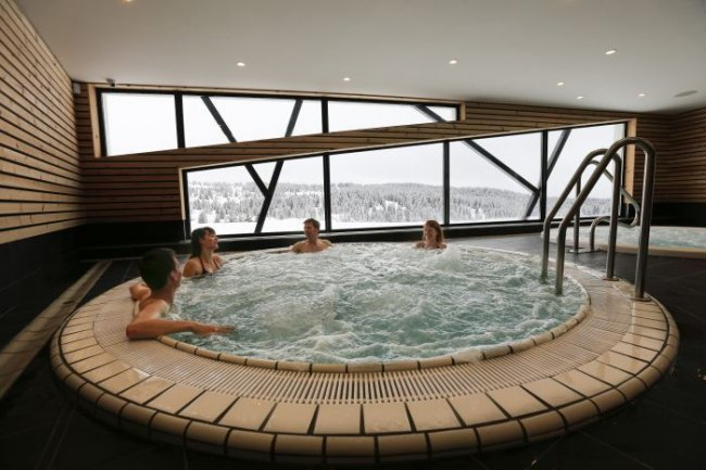 Piscine et centre aqua-ludique de la station de ski des Saisies